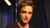 Robert Pattinson surprend une de ses fans à son travail : regardez!