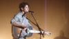 Jonas Brothers : regardez Nick Jonas chanter du Taylor Swift!