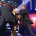 Incident pendant l'émission des sosies avec celui de Pamela Anderson nu (video)