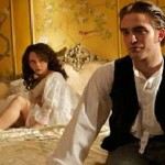 Robert Pattinson dans Bel Ami