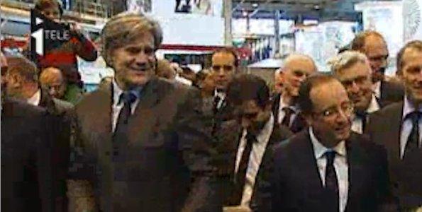 Le top des buzz politiques au salon de l 39 agriculture for Francois hollande salon de l agriculture